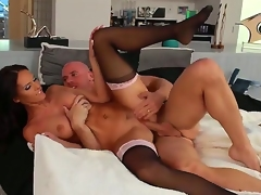 Wonderful brunette Jennifer Dark is mendacious in hot stockings and being licked by Johnny Sins and fucks with him