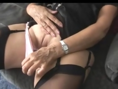Mature tramp rubbing her wet cunny