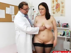 Big-breasted madam ob gyn exploration