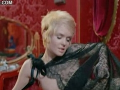 Mesmerizing Retro Star Joey Heatherton Shows Her Boobs In 'Bluebeard'