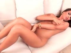 Naked curvy dark brown in hawt gold high heels