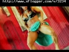 Beamy Clit Bodybuilder Lesbos