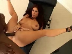 Flexible redhead pounded in the covetous asshole