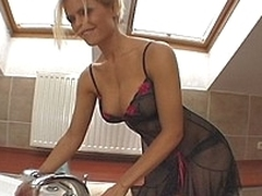 upskirt massive tits porn