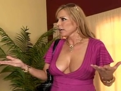 Lusty milf Nicole Moore takes pointers on sucking flannel alien band together