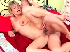 Aged mommy need young hard weenie to fuck.