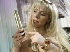 Big Zeppelins Horny Lovette Bonks Herself