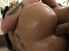 She sucks his big nob together with gets say no to astonishing ass drilled abyss together with unending