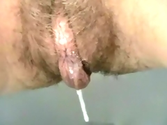 Sticking my fingers into hairy drooling cunt of my trashy wife