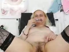 Fat aged nurse Elena masturbates