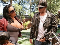 Jordan's university biker go out with Scott has been staying elbow his house for...