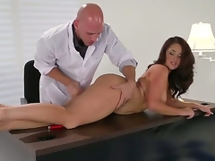 Dark brown Samm Rosee gets her mouth stretched by Johnny Sinss sturdy ram jock